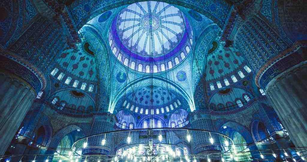 Μπλε Τζαμί: Τι Πρέπει να Γνωρίζεις (πριν το επισκεφτείς)