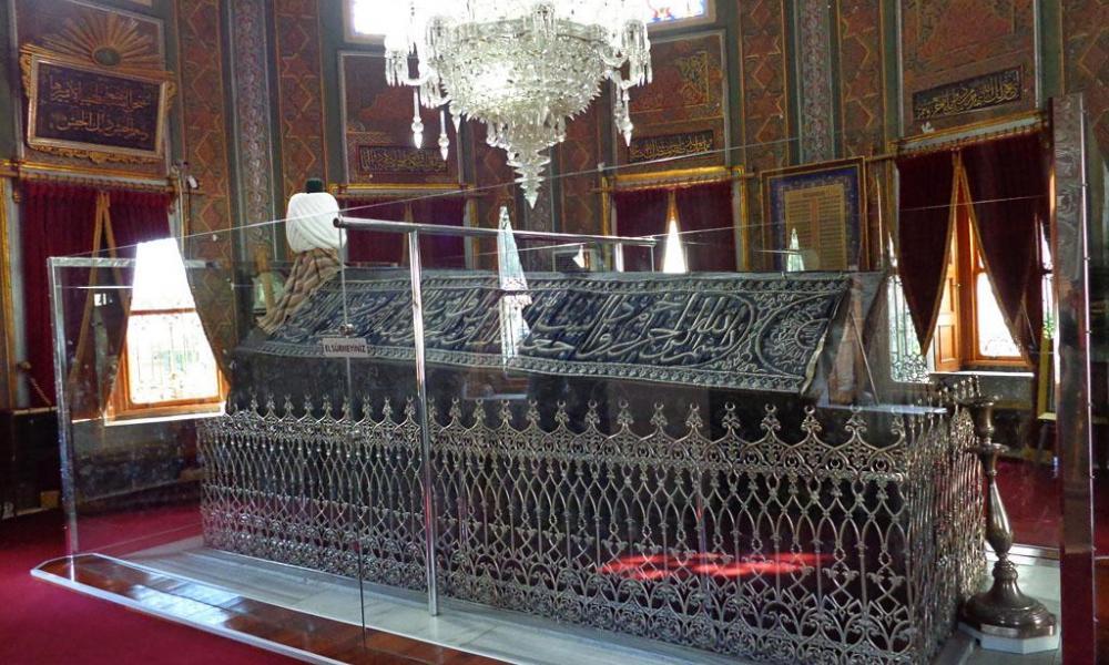 Που βρίσκεται ο τάφος του Πορθητή και τι βρήκαν μέσα; | Pentapostagma